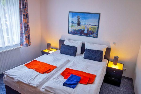 Schlafzimmer der 3-Raum-Ferienwohnung-Plus in Binz auf Rügen