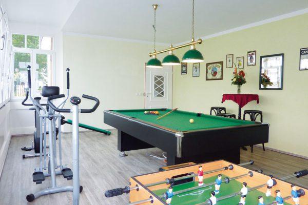 Freizeit- und Fitnessbereich im Feriendomizil Binz auf Rügen